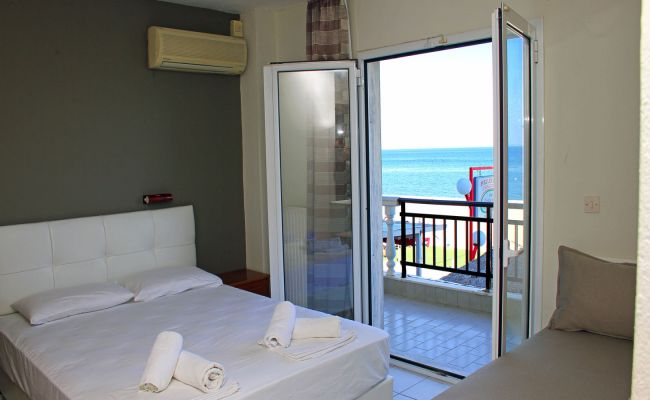 Triple Room Sea View